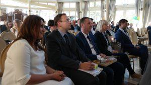 """1 147 300x169 - Konferencja """"Wpływ funduszy unijnych na rozwój lokalny ze szczególnym uwzględnieniem integrowanych inwestycji terytorialnych"""" zorganizowana przez Biuro Stowarzyszenia Aglomeracja Kalisko-Ostrowska."""