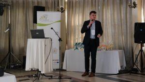"""1 177 300x169 - Konferencja """"Wpływ funduszy unijnych na rozwój lokalny ze szczególnym uwzględnieniem integrowanych inwestycji terytorialnych"""" zorganizowana przez Biuro Stowarzyszenia Aglomeracja Kalisko-Ostrowska."""
