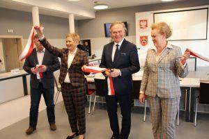 cal oficjalnie otwarte 6 300x200 - Centrum Aktywności Lokalnej w Ostrowie Wielkopolskim oficjalnie otwarte!