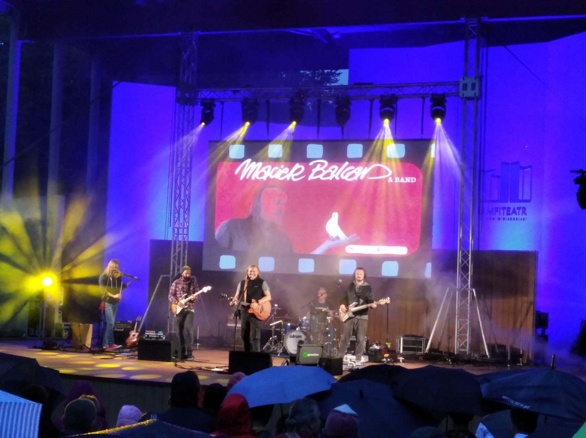 img 20200830 192805 - Tłumy na koncercie Maciek Balcar & Band w Ostrowie Wielkopolskim