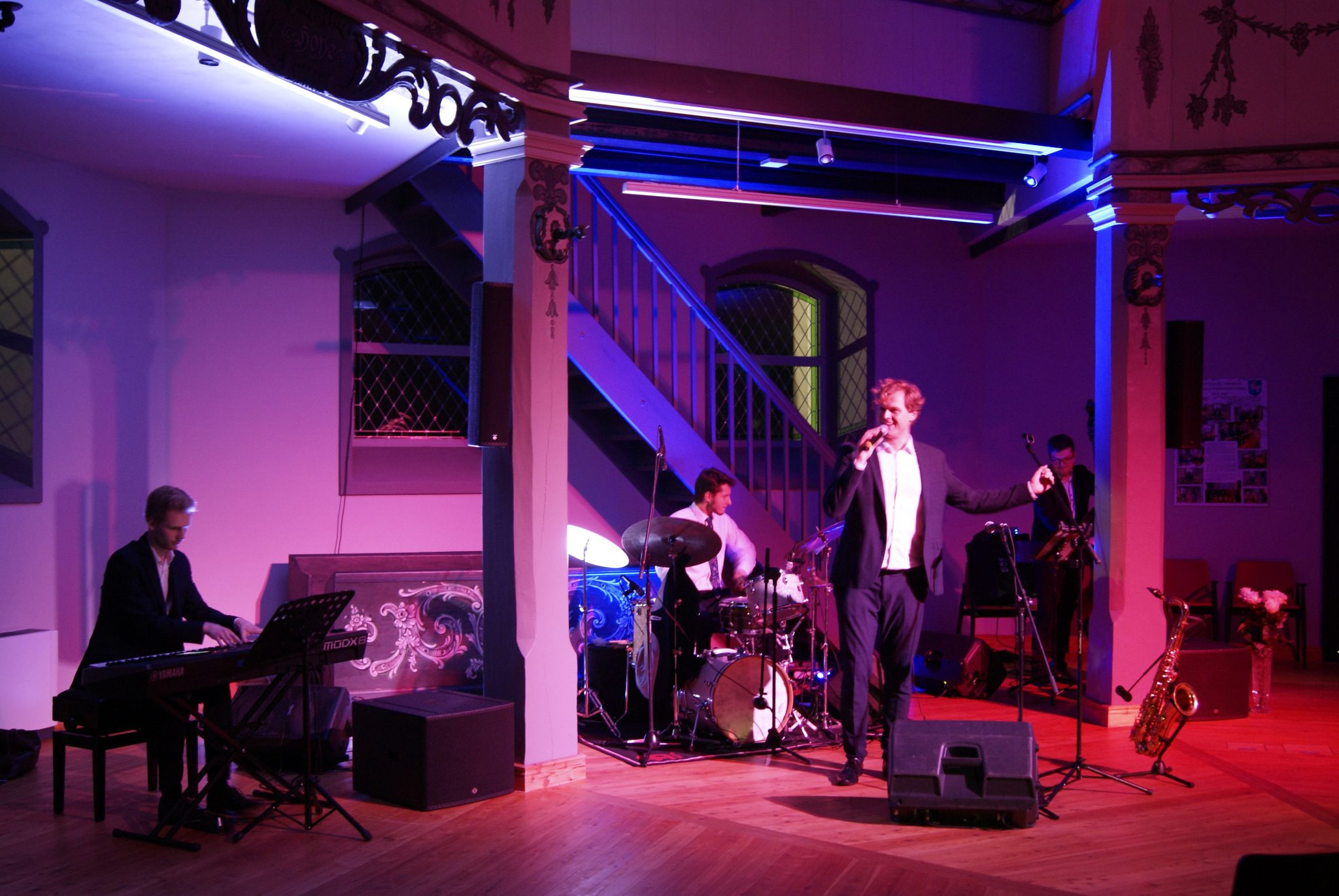 Muzycy kwartetu jazzowego w trakcie występu