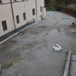 Na zdj. otoczenie Starostwa Powiatowego w Kaliszu w trakcie remontu