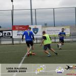 Na zdj.: piłkarze w trakcie gier Bartex Ligi Kaliskiej.