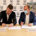 2 150x150 - Umowa narozbudowę DW 450 podpisana!