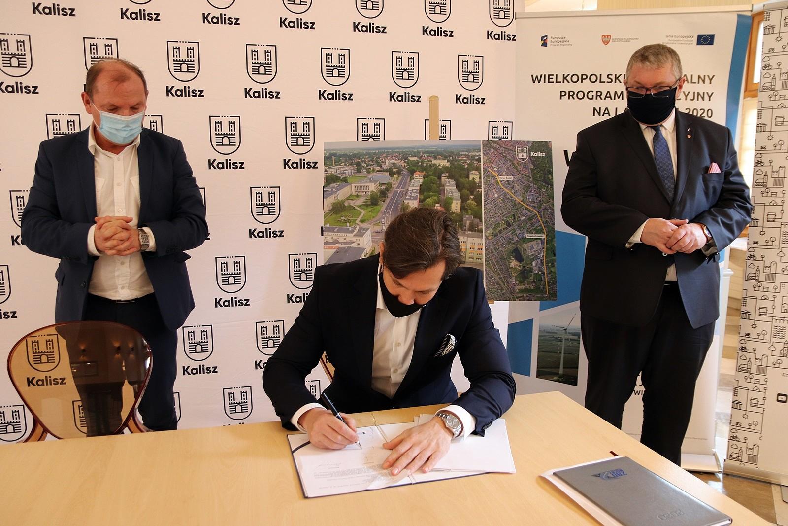 Podpisanie umowy dot. DW 450
