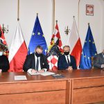 podpisanie umowy wrpo 2 150x150 - Kolejne termomodernizacje budynków naterenie Aglomeracji!