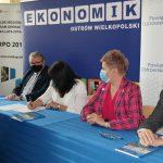 20210510 131700 150x150 - Stowarzyszenie Aglomeracja Kalisko-Ostrowska wspiera szkoły zregionu !