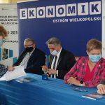 20210510 131738 150x150 - Stowarzyszenie Aglomeracja Kalisko-Ostrowska wspiera szkoły zregionu !